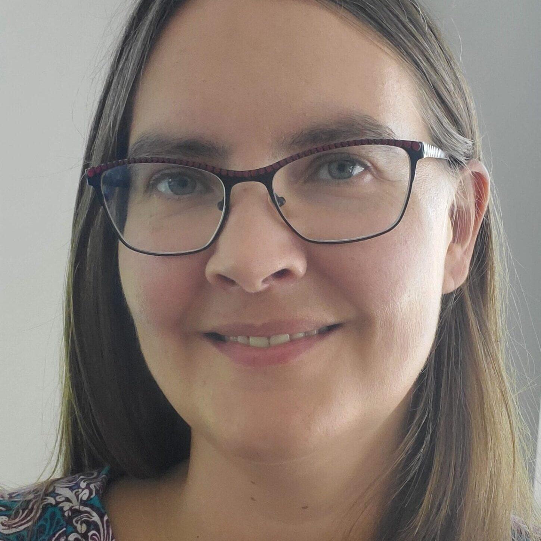 Roxanne Alvarez Profile